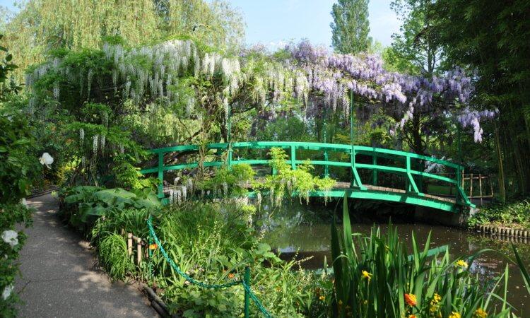 Giverny Le pont de Monet